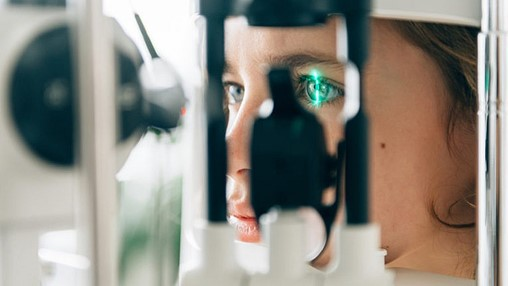 Will the pandemic force Canada to embrace online eye tests?