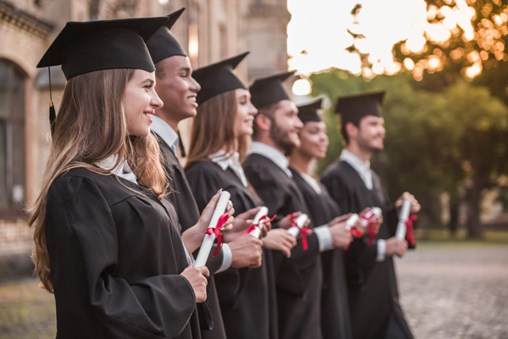 Tips for Kick-Starting Your Career in the Exhibitions Industry After Graduation