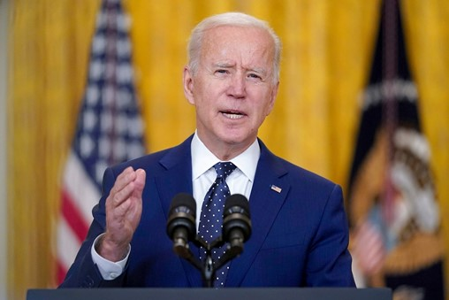 Biden defends Afghanistan pullout as Taliban gains ground