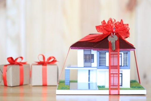 Giving the Gift of HVAC Repair and Replacement Coverage