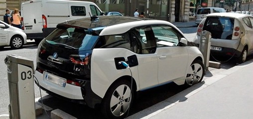Electric vehicle models expected to triple in 4 years as declining battery costs boost adoption