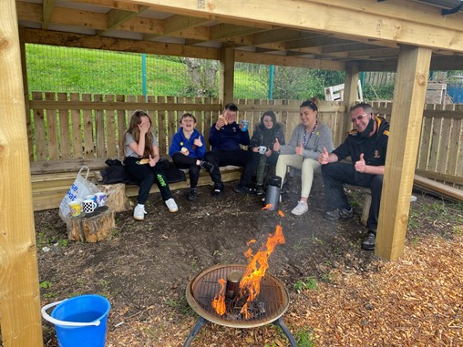 Robert Price contribute to local Primary School's outdoor learning area