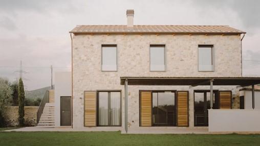 Presicci + Pantanella D'Ettorre Architetti creates minimal Tuscan farmhouse