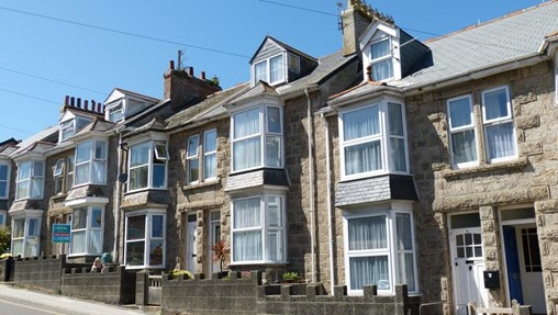 SDLT holiday sends income to house price ratio soaring across UK