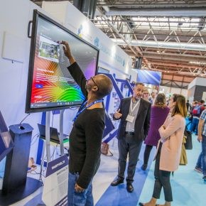 UKCW: Shoulders, knees and toes – superhuman exoskeletons for builders go on show