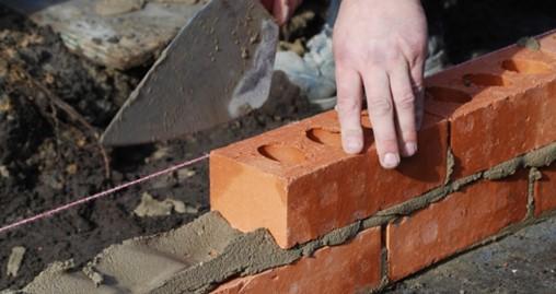 Housebuilders warned to plan orders in advance